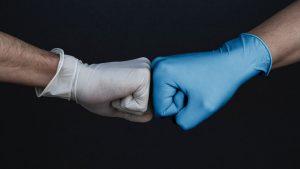 Vinyl Gloves vs Nitrile Gloves